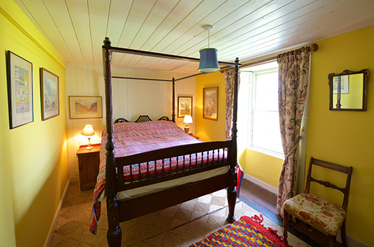 Callachally House, Yellow Bedroom